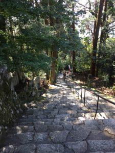 長命寺の石段