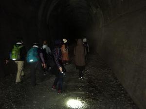 武田尾ハイキングトンネル